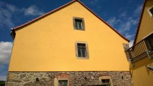 Fassade-Brockwitz,-nachher